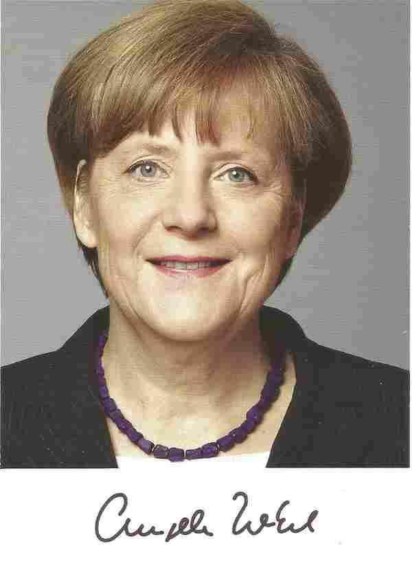 Angela Merkel signed 6x4 colour photo. Good Condition.