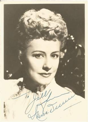 Irene Dunne signed 7 x 5 inch b/w vintage photo to
