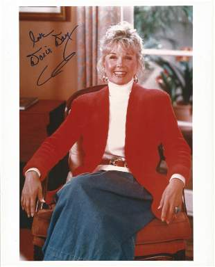 Doris Day signed 10 x 8 inch colour portrait photo.