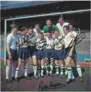 Football Autographed Tottenham Cutting Col, Depicting A