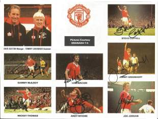 Football Autographed Man United Cutting Col, Depicting