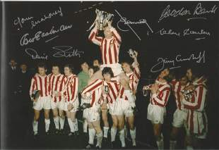 Football Autographed Stoke City 12 X 8 Photo Col,