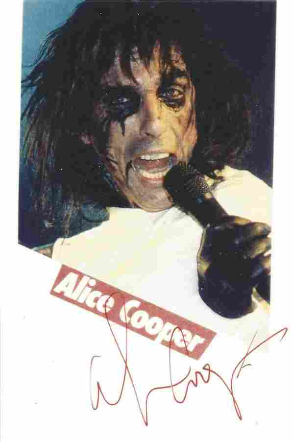 Alice Cooper signed 6x4 colour photo. Good Condition.