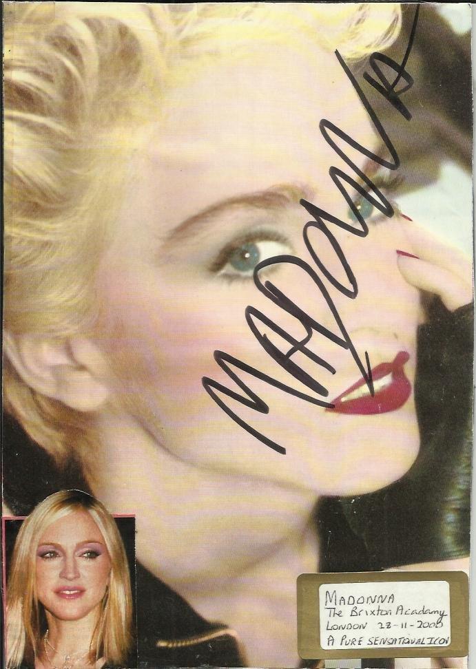 134: Madonna huge bold autograph signed 8 x 6 colour ma