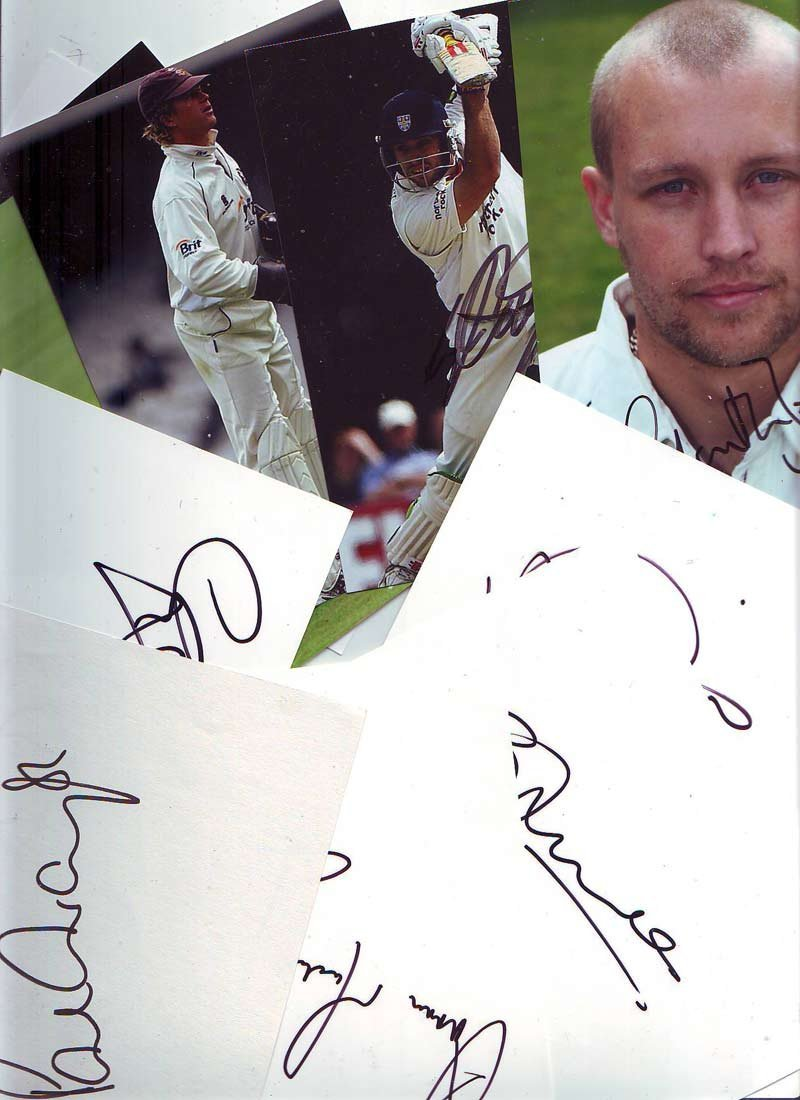 Cricket 6 x 4 photo & signature collection, eight