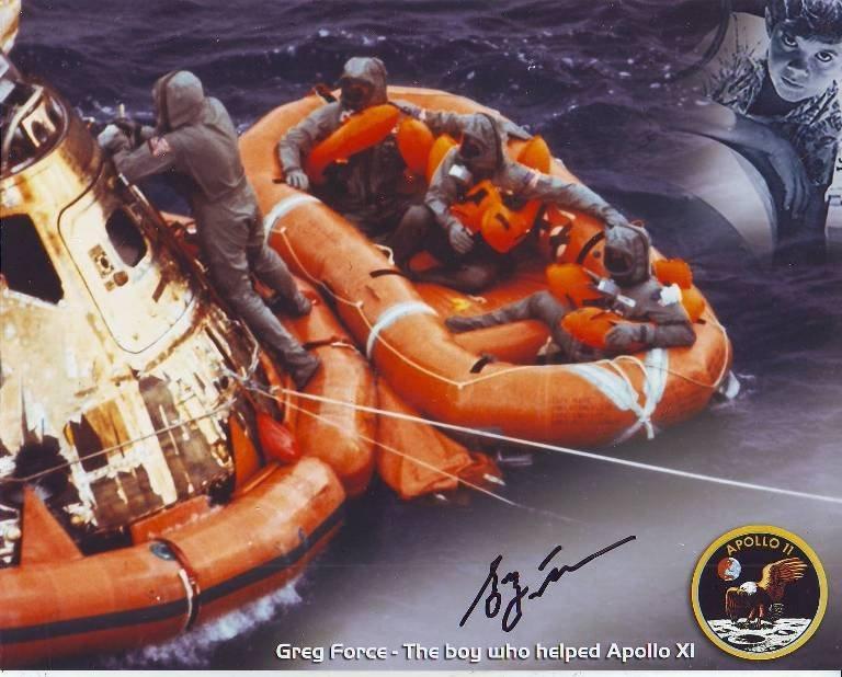 Greg Force signed 10 x 8 colour Apollo XI splashdown