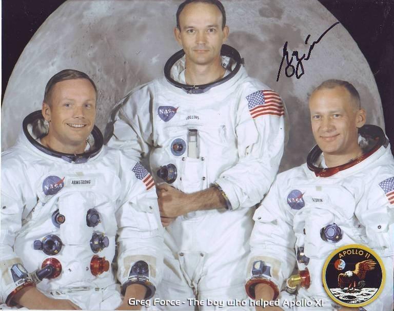 Greg Force signed 10 x 8 colour Apollo XI crew photo.