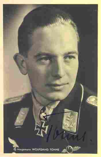 Wolfgang Tonne KC OL signed 6 x 4 wartime Hoffman