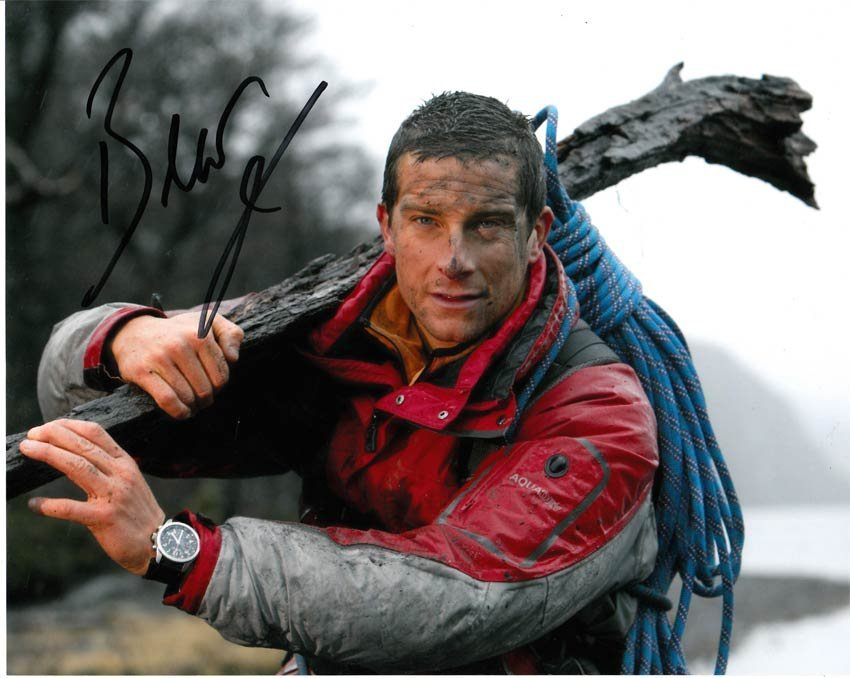 Bear Grylls signed 10x8 Colour Photo Of Bear Signed By