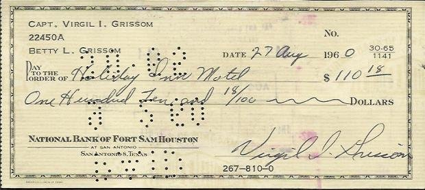 Gus Grissom signed 1960 cheque to the Holiday Inn for