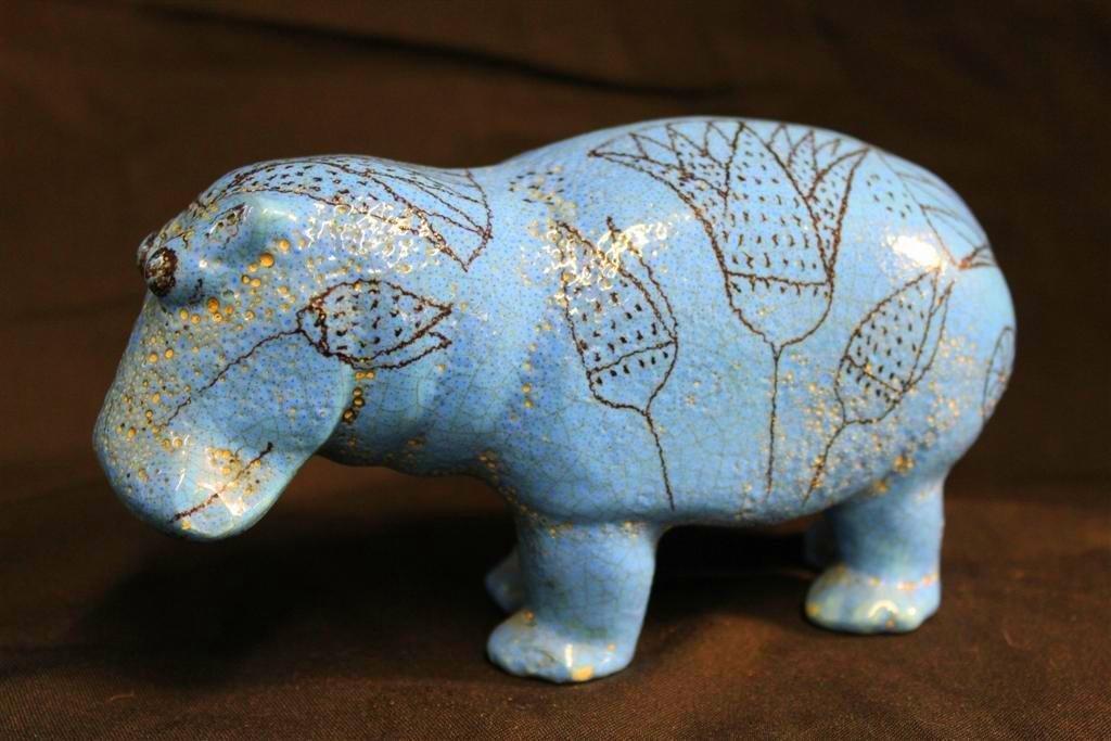 17: Italian Vintage Art Pottery Faience William the Hip