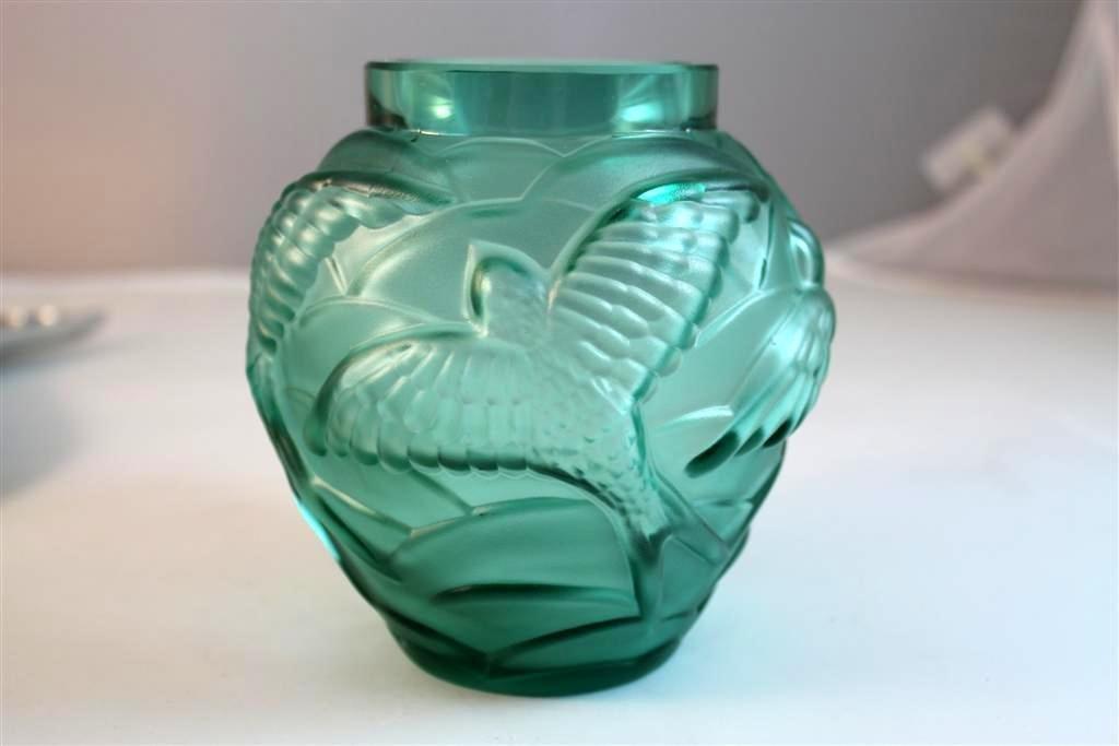 5: Czech Art Deco Style Frosted Bird Vase