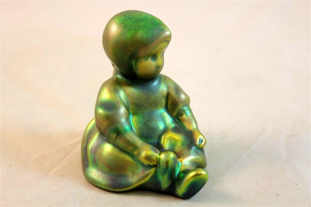 11: Zsolnay Pecs Eosin Hungarian pottery little young g