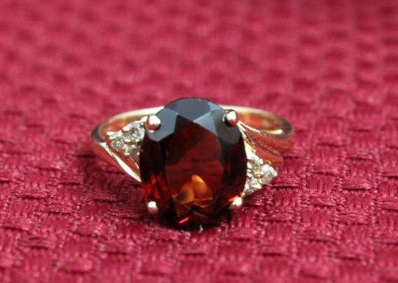 14k Yellow Gold Ring Oval Ruby Colored Stone