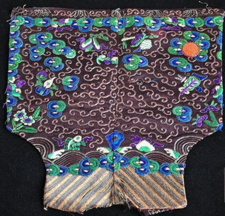 2: An Antique Chinese Official Silk Badge