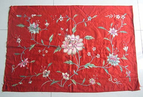 24: An Antique Chinese Silk Emboroidery