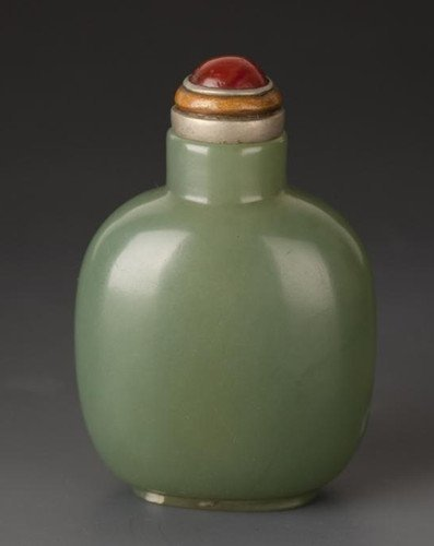 An Old Spinach Jade Snuff Bottle