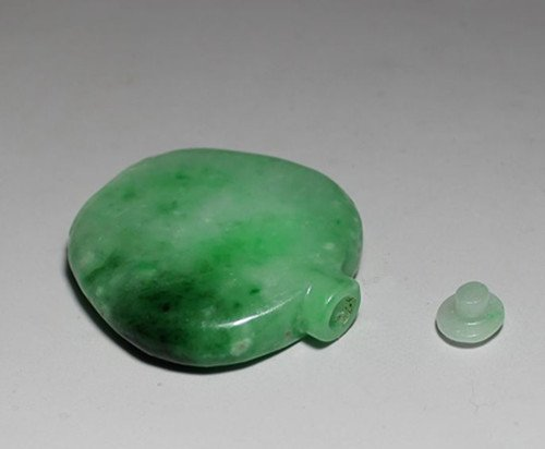 An Old Jadeite Snuff Bottle