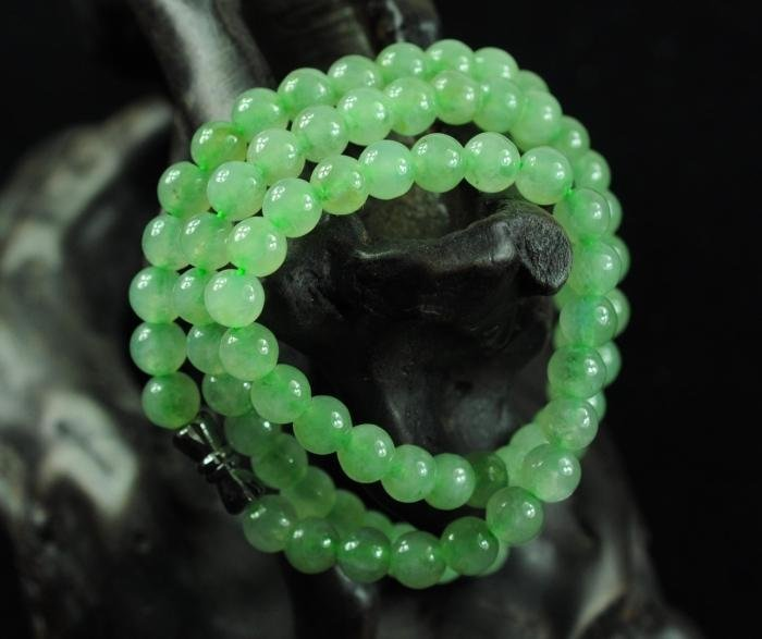 Icy Natural Jadeite Beads Necklace