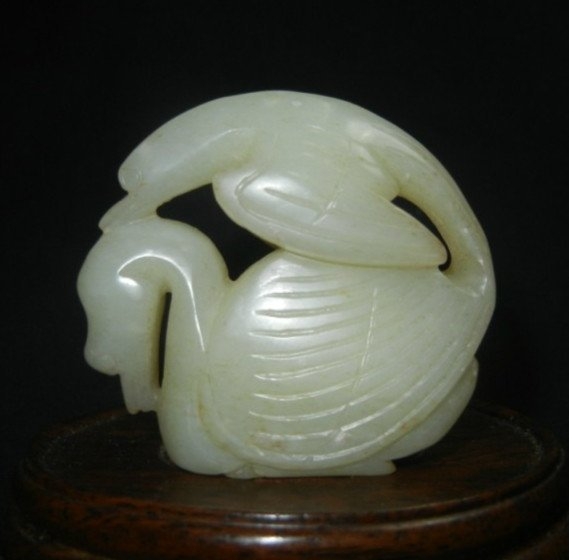 Old White Jade Eagle Carving