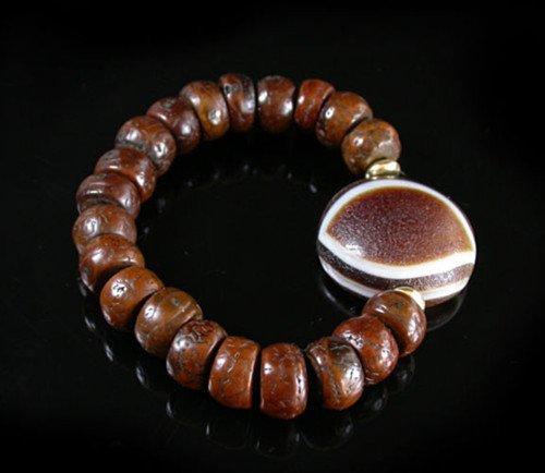 Old Tibetan Pu Tizi  Bead Bracelet