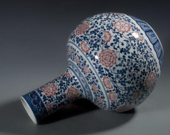 Fine Large Chinese Tianqiuping Vase - 4