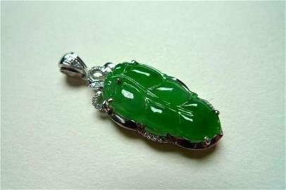 Fine Chinese 18K Diamond Inlaid Natural Jadeite Pendant