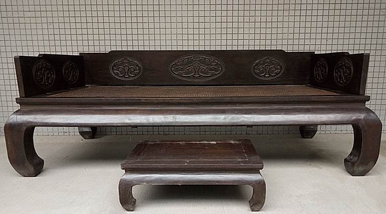 Antique Chinese Hardwood ( Zitan ) Luo Han Bed
