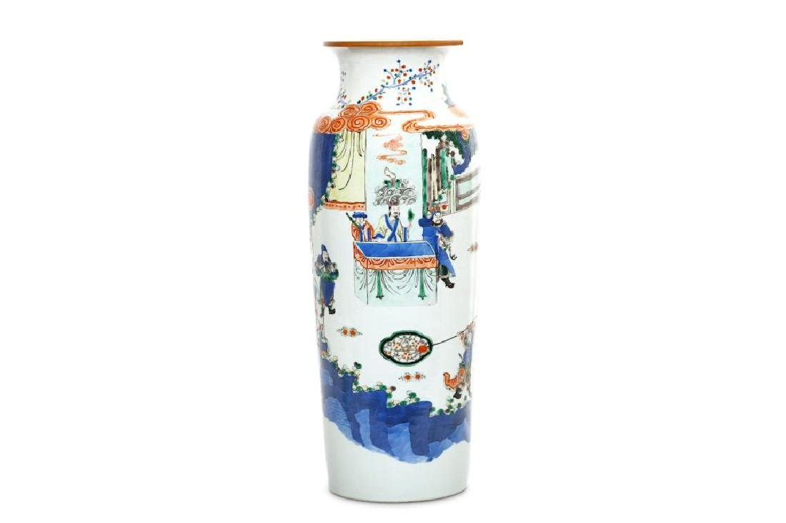 A CHINESE FAMILLE VERTE SLEEVE VASE. 19th/20th Century.