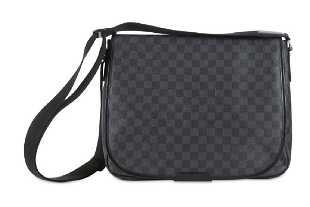 b6b4a841673c Louis Vuitton Damier Graphite Daniel Laptop Case