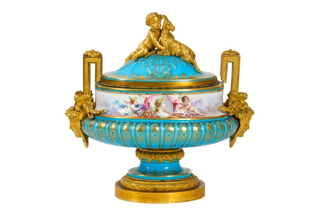 A LATE 19TH CENTURY SEVRES STYLE PORCELAIN AND GILT