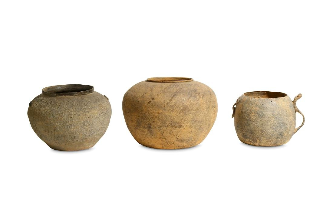 A GROUP OF WESTERN HAN TERRACOTTA POTS