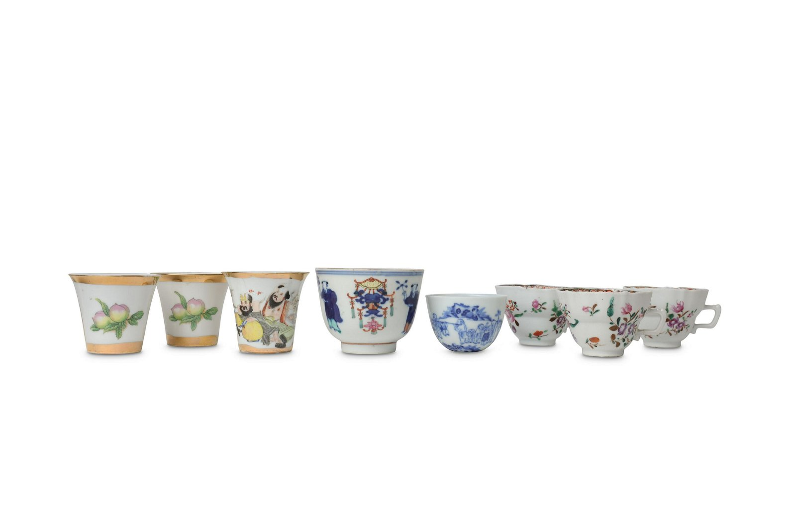EIGHT CHINESE PORCELAIN CUPS.