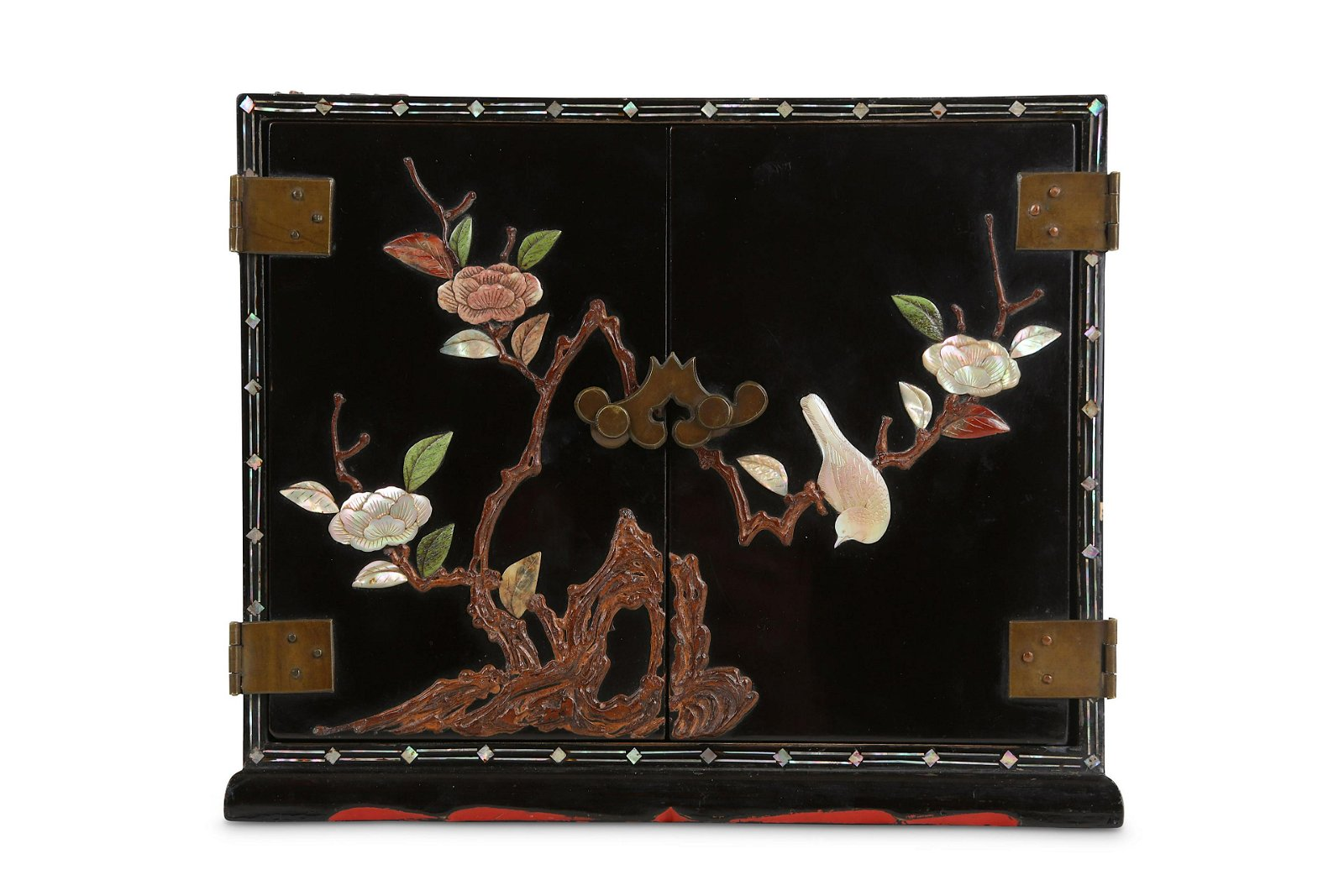 A CHINESE MINIATURE INLAID LACQUER CABINET.