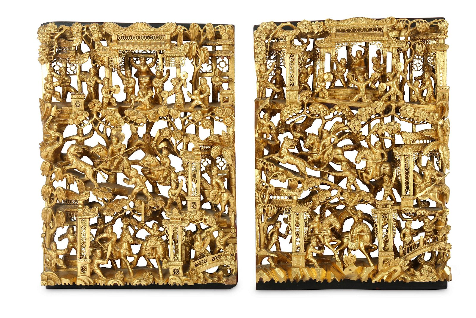 A PAIR OF CHINESE GILT-WOOD RETICULATED 'WARRIORS'