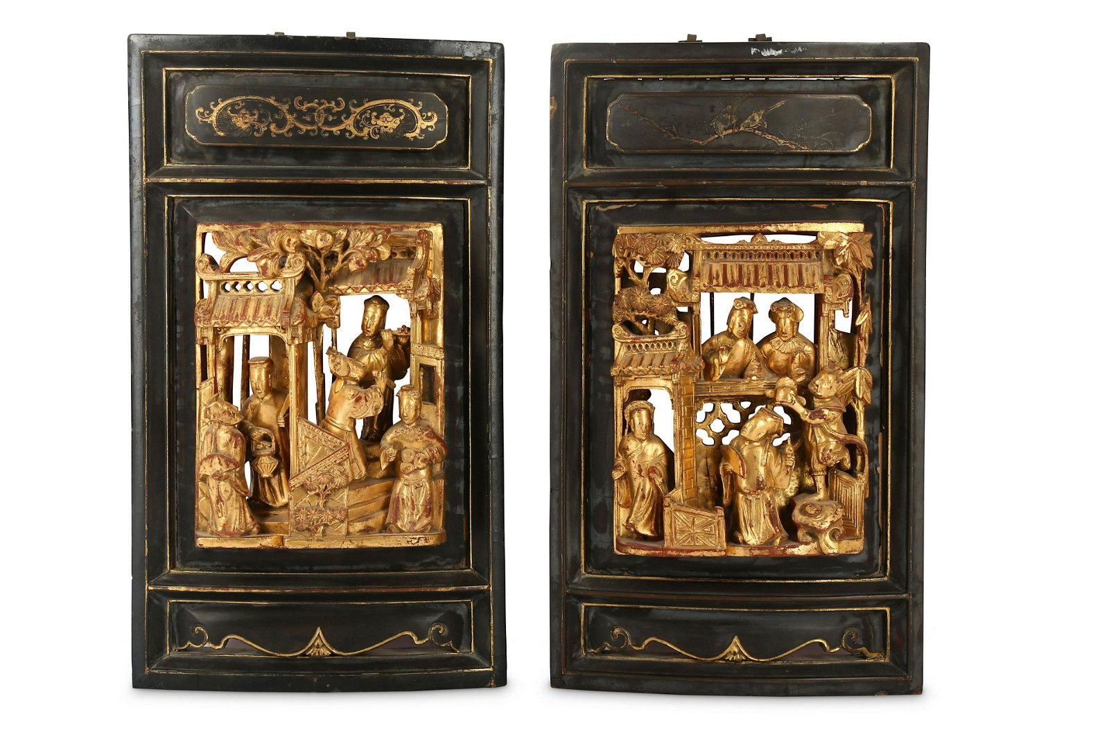 A PAIR OF CHINESE GILT-WOOD RETICULATED PANELS.