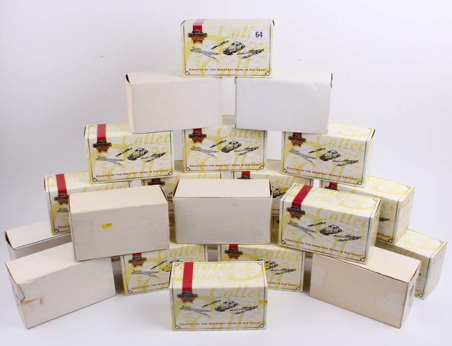 4: A quantity of boxed and mint Matchbox, Lledo die-cas