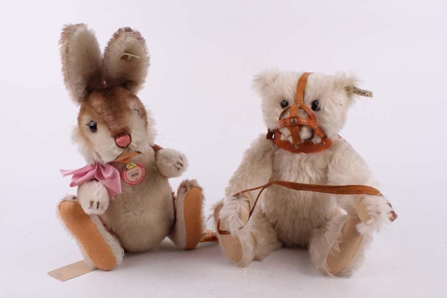 12: Two Limited Edition Steiffs: a White Muzzle Teddy b