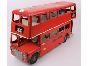 3: A large Tri-ang tin plate London Transport red bus,