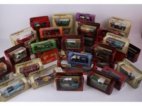 7: Forty-six Models of Yesteryear mint in box, various