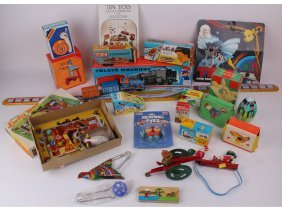 10: A mixed quantity of vintage tin plate toys includin
