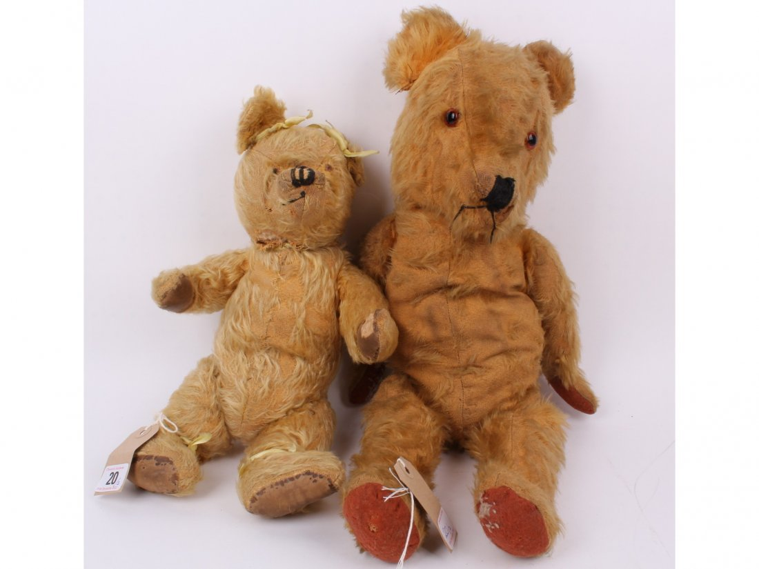 20: Two golden mohair jointed English 1940s Teddy bears