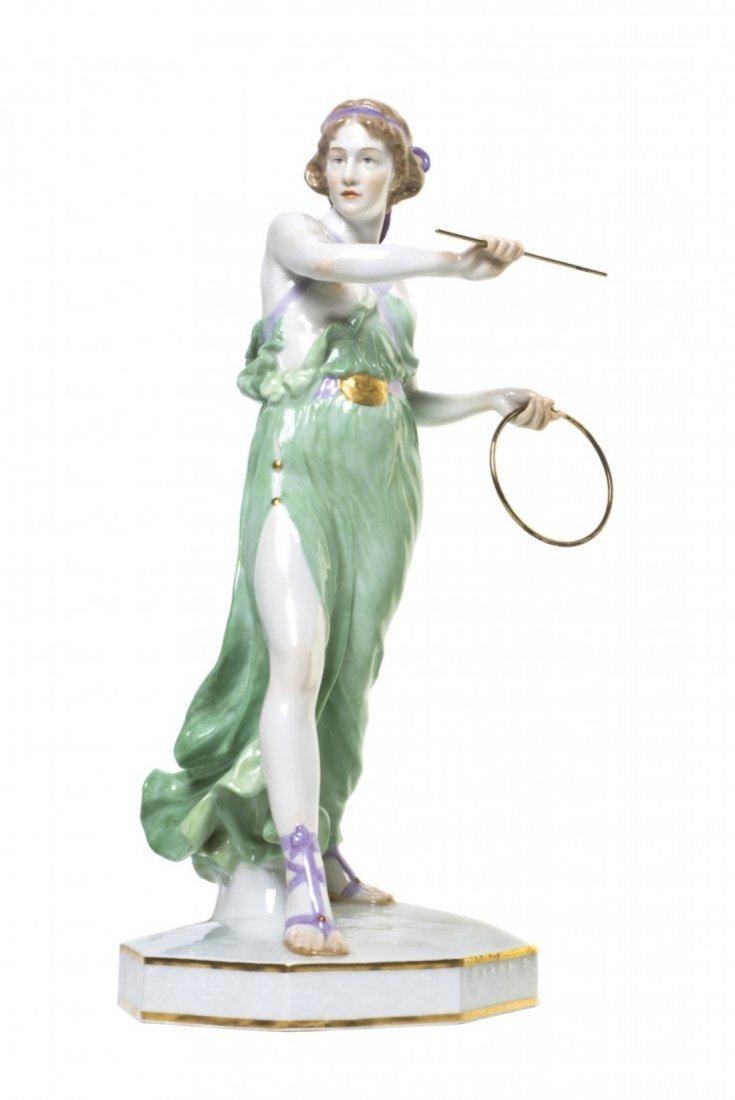 A Meissen Porcelain Figure of Woman, Reinhold Boeltzig