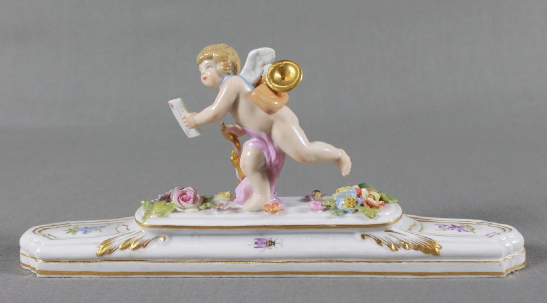 19TH C. MEISSEN PAPERWEIGHT