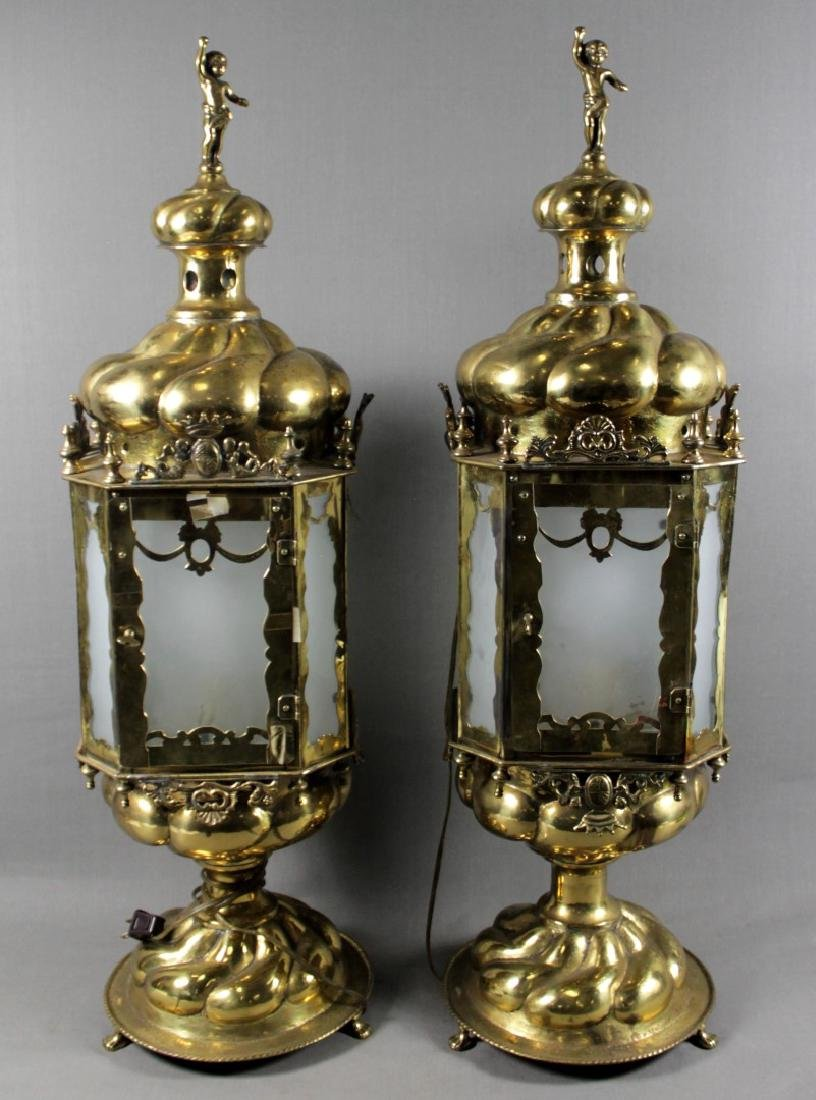 PAIR OF ANTIQUE BRASS TABLE LAMPS H: 32""