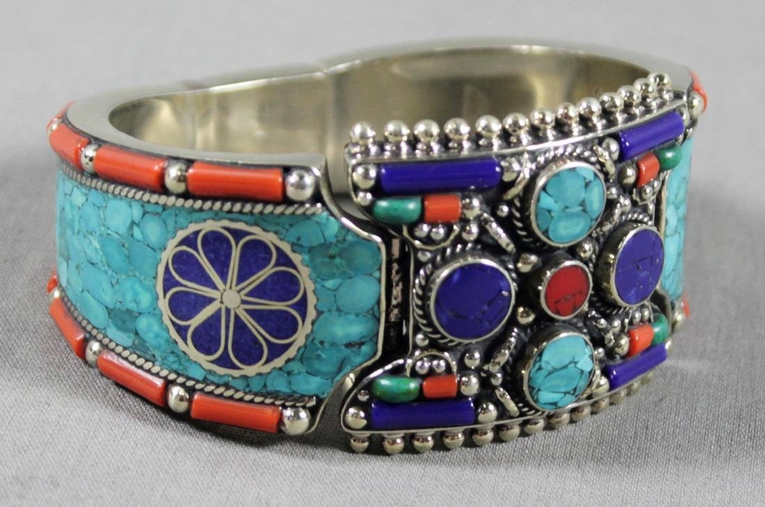 STERLING SILVER AND STONE NATIVE AMERICAN BRACELET
