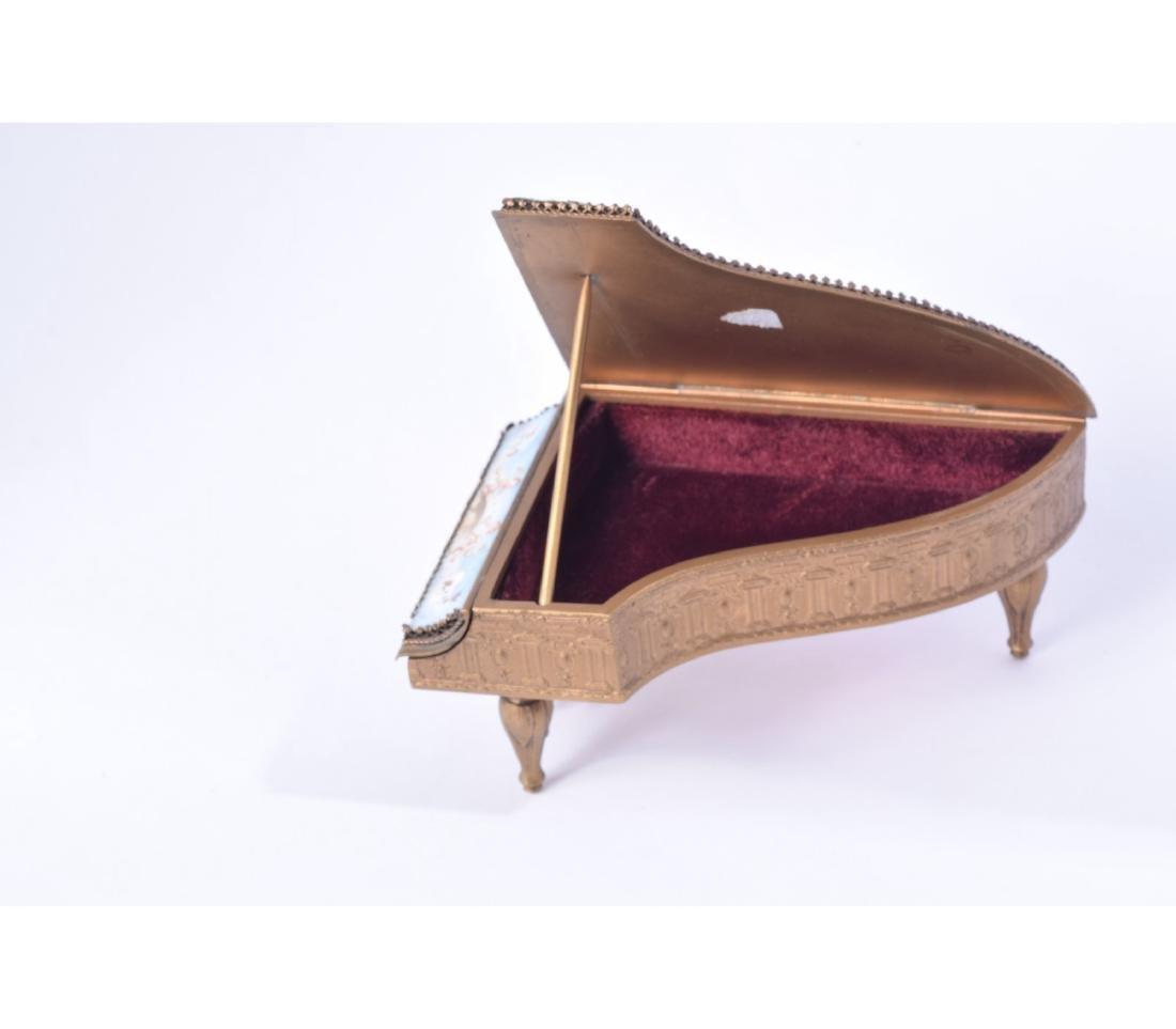 MINIATURE AUSTRIAN BRONZE AND ENAMEL PIANO - 7