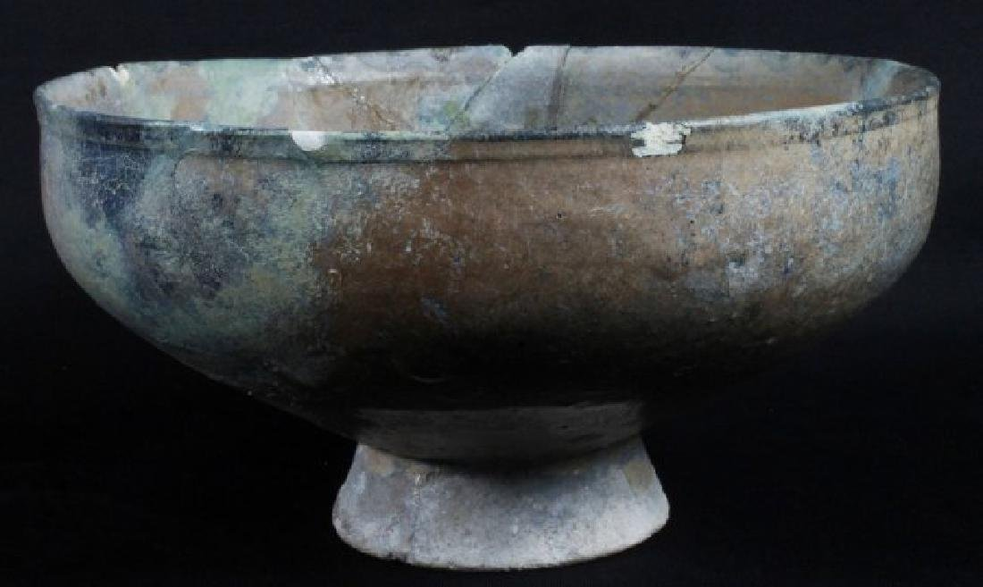 10-12TH C. POTTERY BOWL