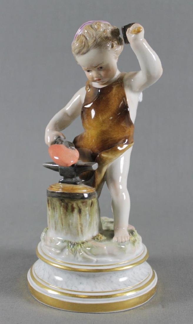 MEISSEN FIGURE OF HEARTMAKER