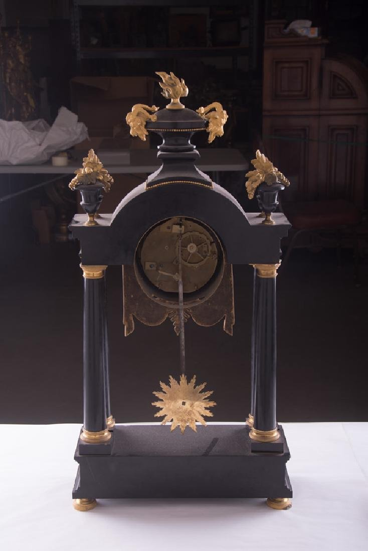 NEOCLASSICAL MARBLE & GILT-METAL MANTEL CLOCK - 2